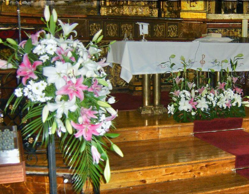 Decoracion Iglesia Boda Vintage ~   de flores para Iglesias puedes llamarnos o haz tu Consulta Aqu?