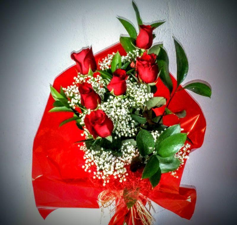 Ramos de rosas para regalar por un cumpleaños