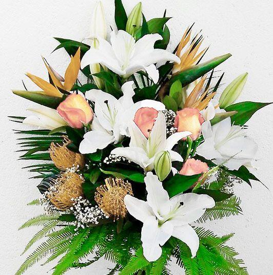 Ramo Flores Difuntos Color Claro Envío Urgente Tanatorio