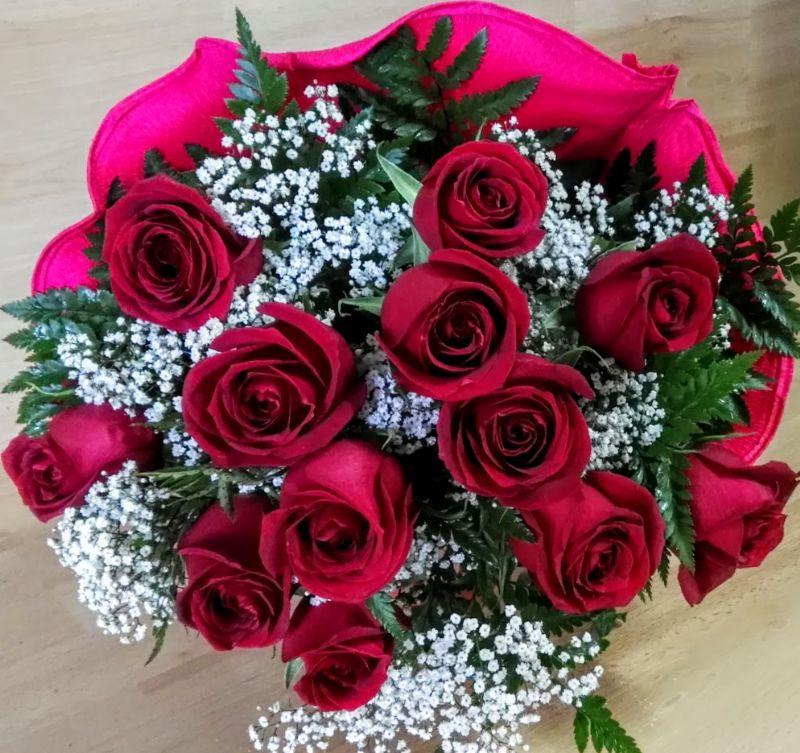 ramos de flores y rosas rojas para el da de san valentn
