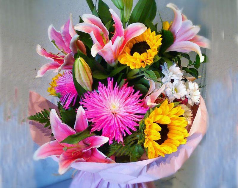 Неожиданно приятный букет цветов