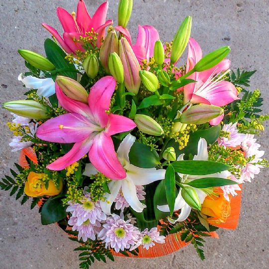 Ramo flores para regalar env o a domicilio en el d a - Como secar un ramo de rosas ...