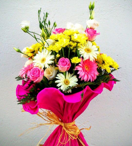Ramos de flores colores mixtos. Estrega Hoy a Domicilio