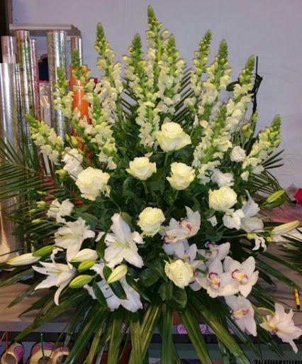 Centros de flores para funeral - Hacer un centro de flores ...